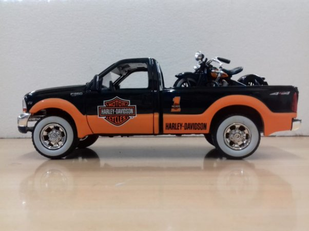Maisto - Ford F-350 Super Duty Pick-Up 1999 - Harley Davidson Style - 1/27