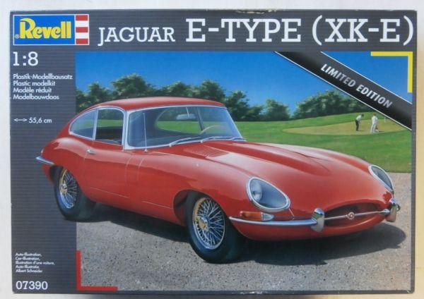 REVELL - JAGUAR E-TYPE (XK-E) - 1/8