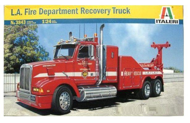 ITALERI - L.A. FIRE DEPARTMENT RECOVERY TRUCK - 1/24