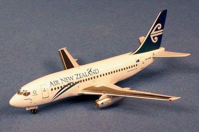 AERO CLASSICS - BOEING 737-200 AIR NEW ZELAND - 1/400