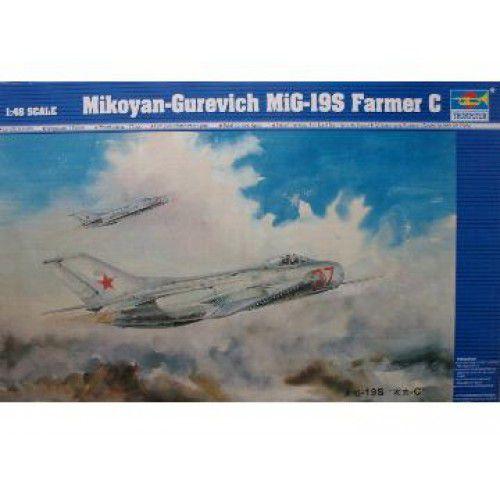 TRUMPETER - MiG-19S FARMER C - 1/48