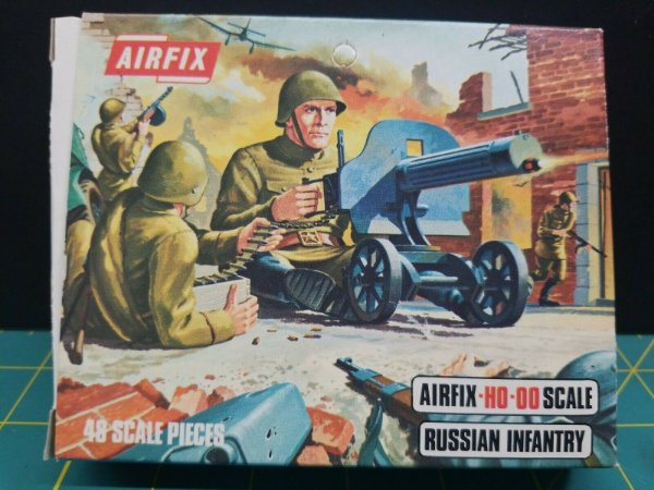 AIRFIX - RUSSIAN INFANTRY - 1/87