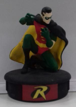 Figura em Metal - Robin