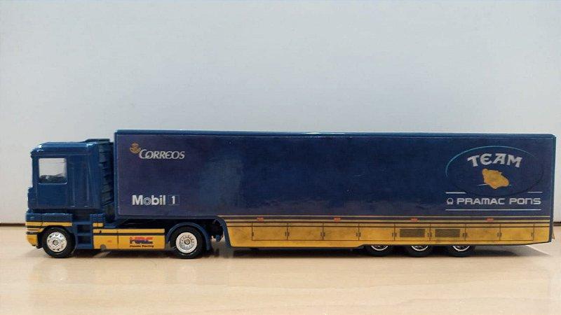 Italeri - Caminhão Renault Team Camel Pramac Pons Honda Transporter (sem embalagem) - 1/87