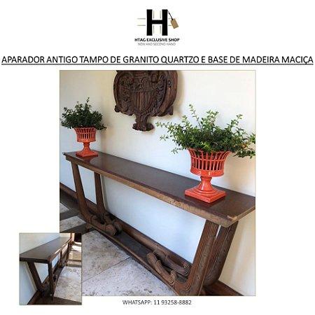 APARADOR ANTIGO COM TAMPO EM GRANITO QUARTZO COM PÉS DE MADEIRA MACIÇA ENTALHADA