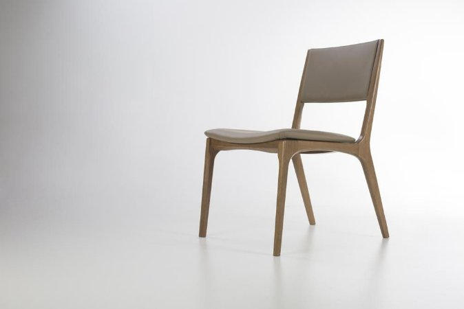Cadeira Malina Estofada (Couro)