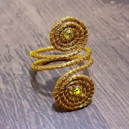 Anel Capim Dourado C/Strass Amarelo Cód. A23 - Hipoalergênico