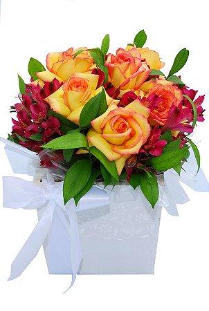Caixa com mix de flores