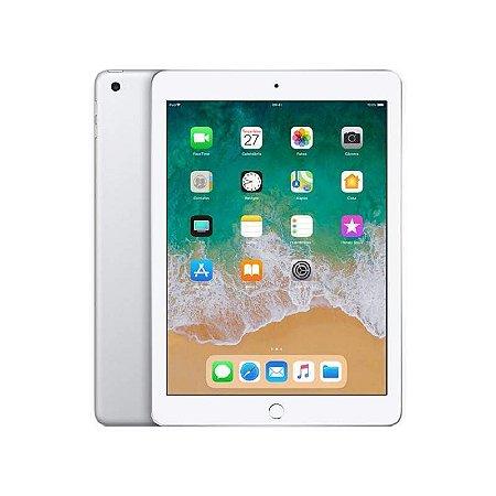 """iPad 128GB WiFi 9.7"""" Prata 2018  - MR7K2LL"""