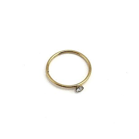 Piercing - Argola - Nariz - Aço Cirúrgico - Anodizado - Dourado - Strass - Espessura 0.6mm