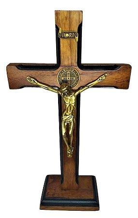 Crucifixo de mesa São Bento Luxo 23 cm