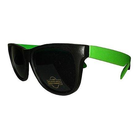 Óculos Retro Light -  Preto e Verde