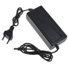 Fonte 12v 5a Bivolt- Preta 5 Amperes CFTV - Plug P4 100-240v 50/60hz