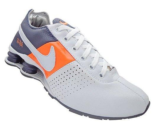 f3611c17efd Tênis Nike Shox Deliver Branco Laranja e Azul Marinho - Import Vip