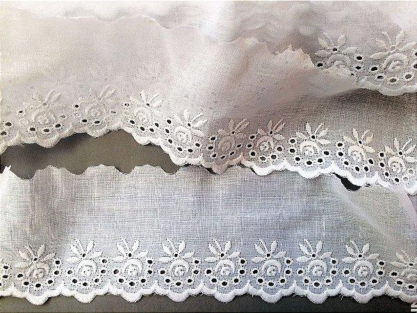 Tira Bordada 7,70 cm - 100% algodão branco | Peça com 14,40 m