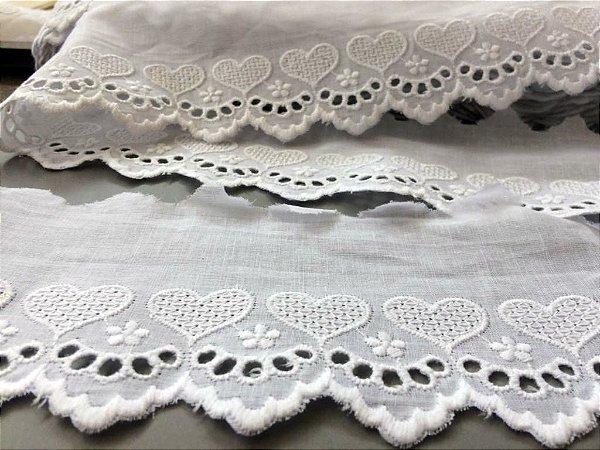 Tira Bordada 8,20 cm - 100% algodão branco | Peça com 7,20 m