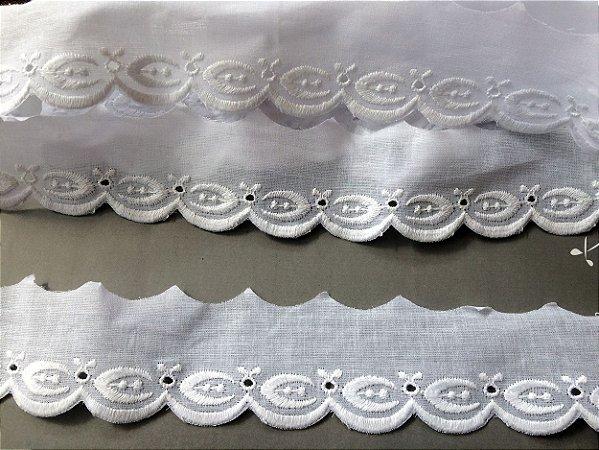 Tira Bordada 5,00 cm - 100% algodão branco | Peça com 14,40 m