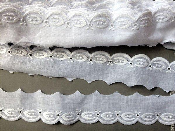 Tira Bordada 5,00 cm - 100% algodão branco | Peça com 7,20 m