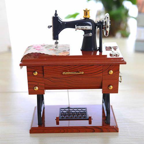 Mini Maquina Costura Musical Miniatura Decoração A Corda