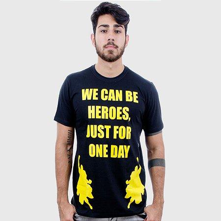 Camiseta Masculina Preta Manga Curta Heroes Hardivision