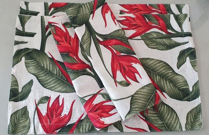 Kit Jogo Americano 4 Peças Em Tecido Jacquard Flor Vermelha