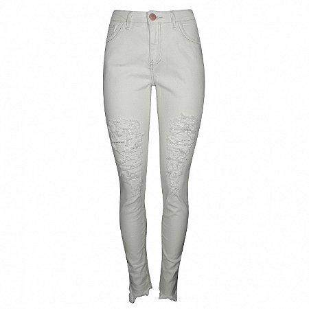 Calça jeans em sarja destroyed chopper cor off white