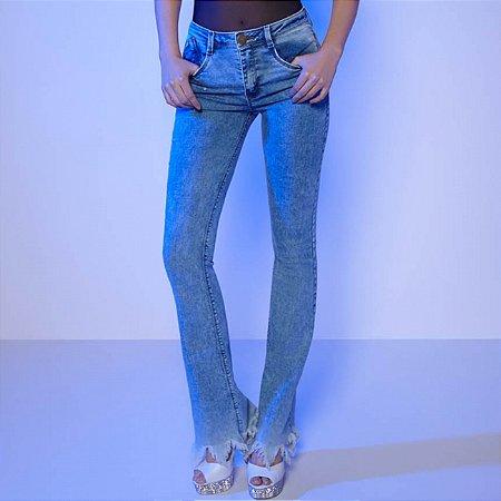 Calça jeans flare barra desfiada camili Dimy