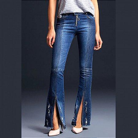 Calça jeans flare destroyed com abertura its & co