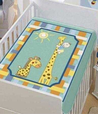 Cobertor Jolitex infantil tradicional - girafinhas verde