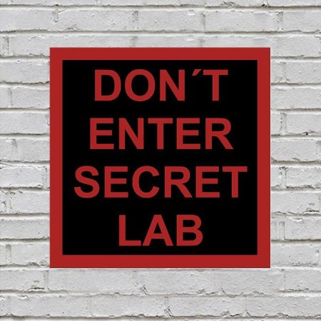 Placa de Parede Decorativa: Secret Lab