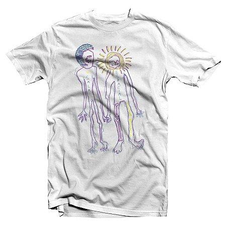 "Sala Espacial ""Lua & Sol"" Camiseta Branca"