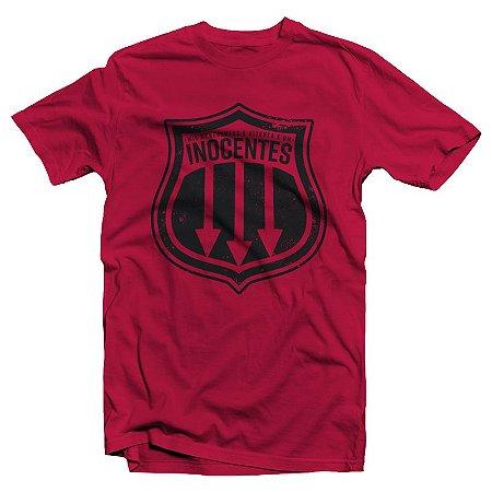 """Inocentes """"Brasão"""" Camiseta Vermelha"""