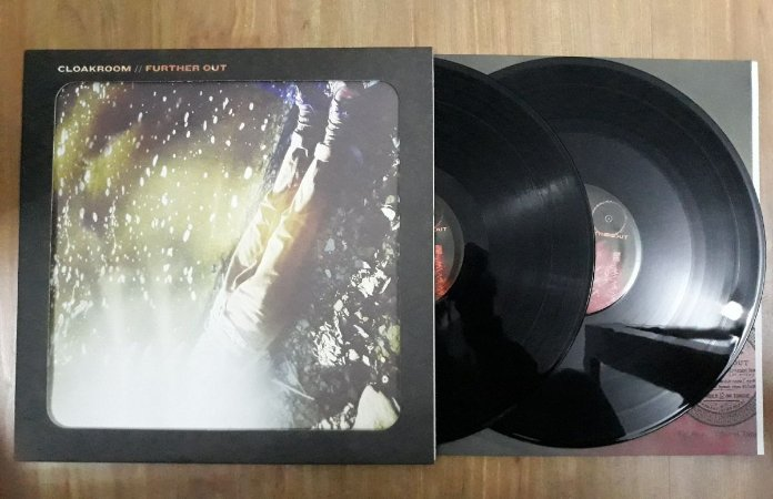 "Cloakroom ""Further Out"" Vinil 12"""