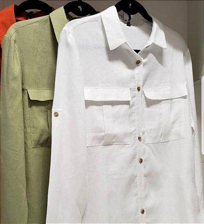 Camisa Betelgeuse linho com bolso frontal manga longa