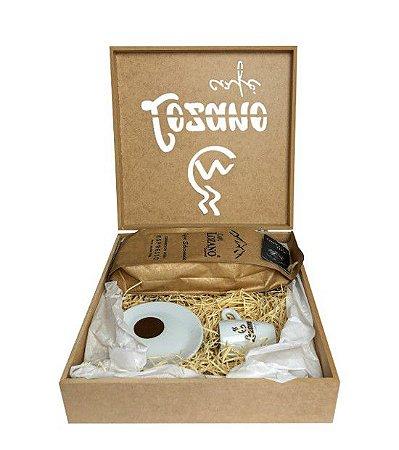 Kit Café Gourmet Grão Espresso 500g. + Xícara e Pires de Porcelana + Caixa Personalizada