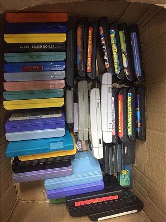 Kit Caixa com vários Games Usados - Mega drive - Gameboy - Gameboy advance- Super famicon- Famicon