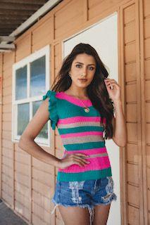 blusa tricot listrada com babados