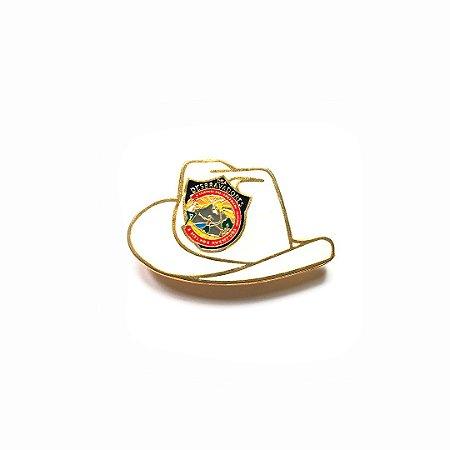 Pin, DSA 2019, chapéu, branco, Desbravador