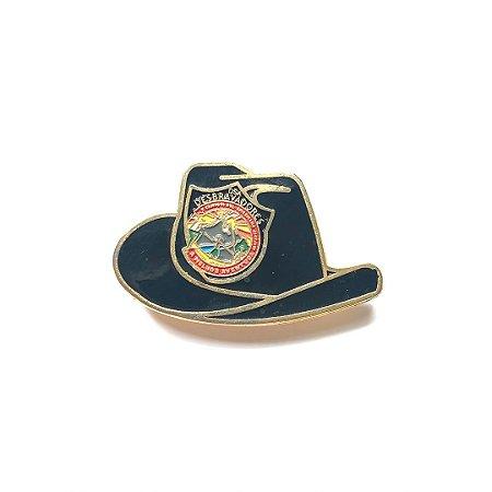 Pin, DSA 2019, chapéu, preto, Desbravador