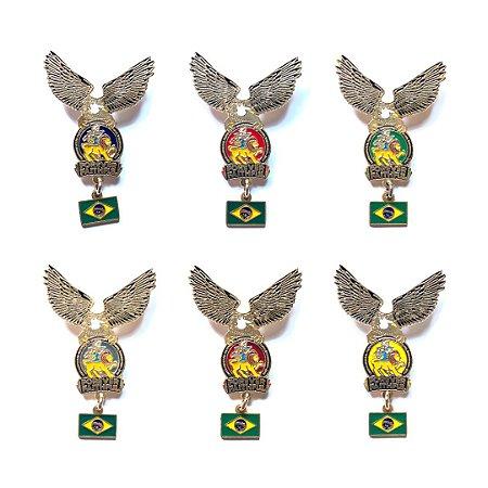 Set de Pins Forever Faithful, logo com águia e Bandeira do Brasil
