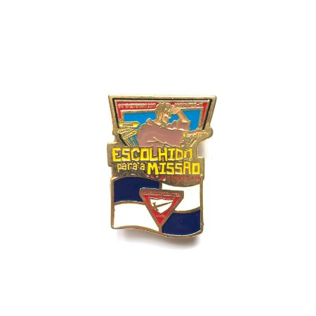 Pin, Escolhido para a Missão, com bandeira dos Desbravadores