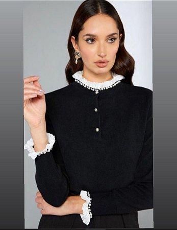 Blusa tricot detalhe pérola