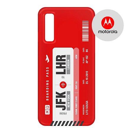 Capa para Smartphone Boarding Pass Personalizável Vermelha - Motorola - Aviões e Músicas