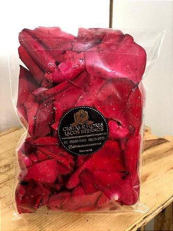 Pacote com 100 pétalas de rosas