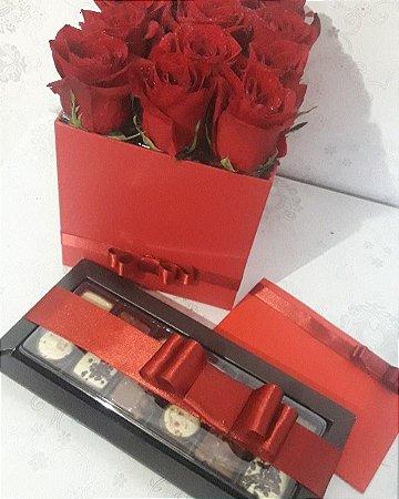 Flower Box Luxo Com 9 Rosas e Chocolates