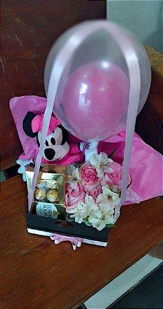 Box Luxo com RosasFErrero e a Minnie