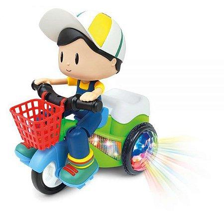 Bob no Triciclo Bate e Volta DMT5971 - DM Toys