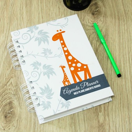 Agenda Planner Personalizada Girafas | Personalize a Capa e Mês de Início |Ver Descrição | M79