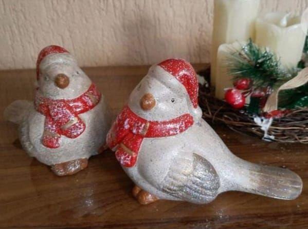 Enfeite Natalino de Cerâmica Pássaro com Cachecol - 2 peças
