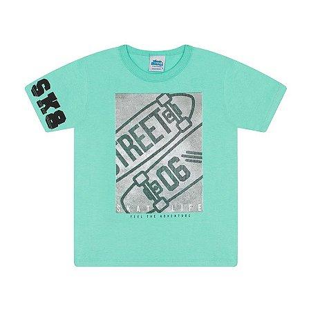 Camisa em meia malha cor verde claro